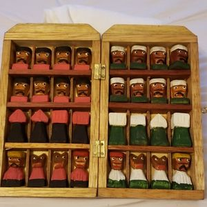 Other - Wood chess set from Colombia